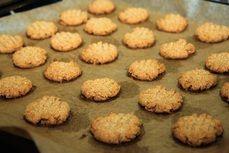 Jednoduche arasidove cookies /Simple peanut cookies/ Zdravé, nízkosacharidové, bezlepkové recepty. (Healthy, low carb, gluten free recipes.)