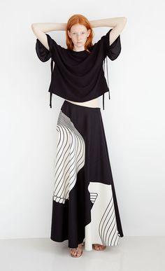 Dresses, skirts and more. Marimekko, Mode Monochrome, Monochrome Fashion, Black And White Aesthetic, Black And White Style, Runway Fashion, Fashion Outfits, Womens Fashion, A Line Skirt Outfits