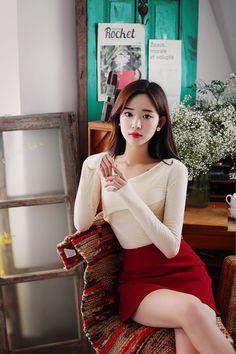 milkcocoa Girls In Mini Skirts, Stylish Dresses For Girls, Pretty Korean Girls, Pretty Asian, Beautiful Japanese Girl, Beautiful Asian Women, Asian Fashion, Girl Fashion, Ideal Girl
