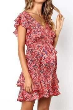 The maternity sweet v neck printed color ruffled ruched dress with short sleeve is so casual and you  may  have a try.  #maternityoutfitscouples #maternitydresssummer #maternitydress #maternitydressescasual #pregnancystyle #pregnancystylesummer Short A Line Dress, Short Sleeve Dresses, Dresses With Sleeves, Mini Dresses, Floral Dresses, Elegant Party Dresses, Casual Dresses, Fashion Dresses, Winter Dresses