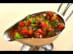 Sos chimichurri (sos argentinian pt fripturi) Argentinian Chimichurri, Ratatouille, Salsa, Ethnic Recipes, Food, Essen, Salsa Music, Meals, Yemek