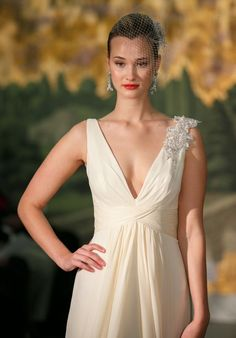 Looking for a deep v-neck bridal gown? you'll love this look from @La Farme / Anne Barge