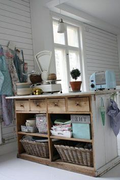 Die alte Kommode als Küchenblock verwenden - DIY Projekt für Sie