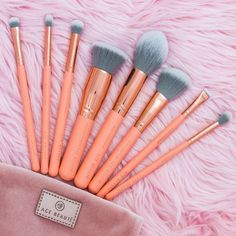 8 piece Brush Set + Velvet Pouch – Contouring and Highlighting Make Makeup, Makeup Brush Set, Eyeshadow Makeup, Makeup Cosmetics, Revlon Makeup, Makeup Prices, Fill In Brows, Makeup Pallets, Eco Beauty