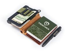 Trayvax Summit Notebook - Pocket notebook and wallet for life's tasks – Trayvax Enterprises Leather Notebook, Leather Journal, Edc Wallet, Fisher Space Pen, Pocket Notebook, Edc Everyday Carry, Edc Gear, Edc Tools, Leather Working