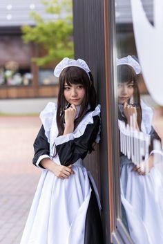 Japanese Beauty, Japanese Girl, Maid Cosplay, Japan Woman, Maid Uniform, Maid Dress, Mirror Image, Cosplay Costumes, Cute Girls