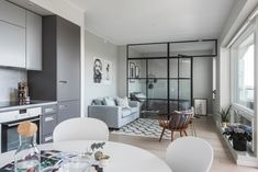 Small Home Layout 315040936435163163 - Appartement Source by Condo Interior, Living Room Interior, Interior Design, Studio Apartment Design, Studio Apartment Decorating, Small Appartment, Deco Studio, Tiny Apartments, Flat Ideas