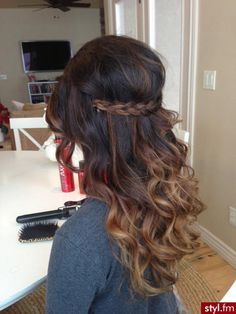 Love the hairstyle & color!!