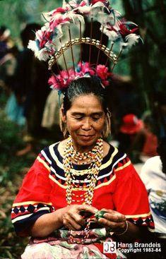 The Ancient Mindanao Deities of Philippine Mythology We Are The World, People Of The World, Philippine Mythology, Philippines Culture, Philippines People, Filipino Culture, Filipiniana, Mindanao, Folk Costume