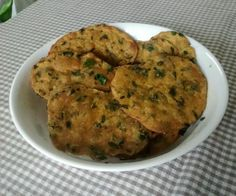 Mixed Flour and Mixed Green Puri