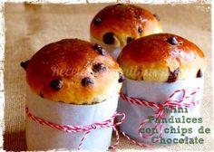 Mini Pan dulce con chips de chocolate Pan Bread, Bread Baking, Argentine Recipes, Donuts, Pizza Tarts, Healthy Potato Recipes, Christmas Bread, Mexican Chocolate, Mini