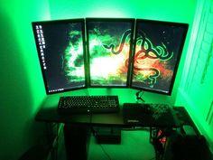 Sideways Razer monitors.... good idea? I think yes.