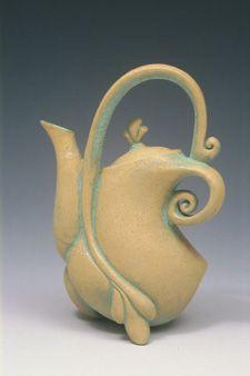 Google Image Result for http://carolwedemeyer.org/images/portfolio/teapots/2455631-R01-060-med.jpg