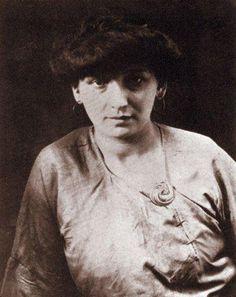 """Durante este periodo Picasso mantiene la primera relación """"seria"""" con una mujer: Fernande Olivier"""