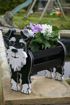 Schnauzer Art, Miniature Schnauzer, Wood Crafts, Diy And Crafts, Wood Projects, Projects To Try, Cute Diys, Garden Ornaments, Miniatures