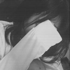 Ulzzang Girl Selca, Ulzzang Korean Girl, Portrait Photography Poses, Photography Poses Women, Snapchat Girls, Girl Korea, Foto Casual, Donia, Female Character Inspiration