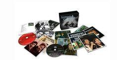 """""""The Complete Albums Collection"""" è la più completa antologia di Simon & Garfunkel mai realizzata, che include i cinque capolavori in studio del duo"""