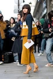 The Best Street Style Snaps From Paris Fashion Week : Miroslava Duma street style during Paris Fashion Week: classic suede heels with a matching cropped trouser and geometric jacket Fashion Week Paris, Winter Fashion, Spring Fashion, Fashion Moda, Look Fashion, Fashion Trends, Petite Fashion, Trendy Fashion, Ethical Fashion