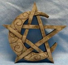 Wiccan Symbols For Protection   Wicca   Wiccan Altar   Pentagram   Pentacle   Wiccan Online   Wicca ... by proteamundi