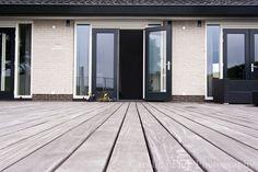 Home - Caroline Piek Photography Garage Doors, Outdoor Decor, Photography, Home Decor, Homemade Home Decor, Fotografie, Photography Business, Photo Shoot, Interior Design