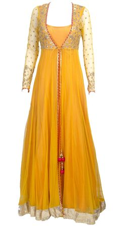 This sheer jacket long anarkali is featuring in a mango yellow floor length raw silk. It comes along with net sheer jacket with gota work detailing. Source by clothing Pakistani Bridal Wear, Pakistani Outfits, Indian Outfits, Pakistani Mehndi, Long Anarkali, Anarkali Dress, Lehenga, Floor Length Anarkali, Anarkali Suits