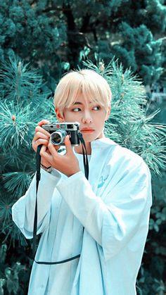 tae bts v taehyung V Taehyung, Namjoon, Daegu, Foto Bts, V Bta, Photo Polaroid, Bts Kim, V Bts Cute, V Bts Wallpaper