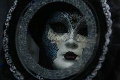 Блог Эвелины Гаевской: Никто ни с кем не знаком?