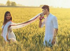 Fantastic Wedding Advice You Will Want To Share Pre Wedding Shoot Ideas, Pre Wedding Poses, Wedding Couple Poses Photography, Couple Photoshoot Poses, Pre Wedding Photoshoot, Wedding Advice, Couple Posing, Couple Shoot, Wedding Couples