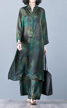 Casual Comfortable Silk Printing Two Piece Set - Kleidung Abaya Fashion, Muslim Fashion, Fashion Pants, Look Fashion, Indian Fashion, Fashion Dresses, Fashion Tips, Kurta Designs, Blouse Designs