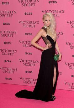 Arrivals at the Victoria's Secret Fashion Show - Celebrity Fashion Trends