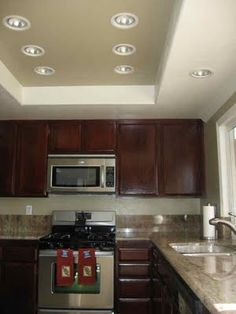Recessed Ceiling - Paint the ceiling to match the wall paint color, very nice!