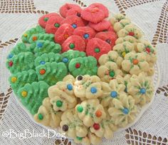 Cream Cheese Christmas Cookies 1 c. Butter 1 c. of Cream Cheese (Double the recipe and add package of Cream Cheese. I think the extra Cream Cheese makes a better cookie dough.) 1 Egg Yolk 2 c. Christmas Sweets, Christmas Cooking, Noel Christmas, Christmas Goodies, Preschool Christmas, Christmas Chocolate, Christmas Recipes, Holiday Recipes, Christmas Ideas