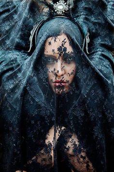 Barrionuevo Photographer #veil #black #lace #portraits