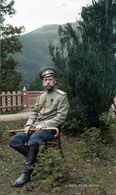 Nicholas II, Crimea, May 1914 by klimbims on DeviantArt Fosse Commune, Czar Nicolau Ii, Tsar Nicolas, Maria Feodorovna, House Of Romanov, Russian Literature, Russian Revolution, Imperial Russia, World War One
