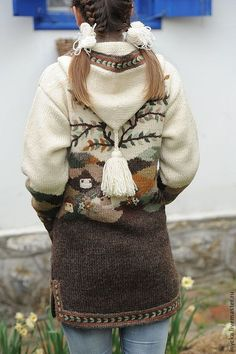 Верхняя одежда ручной работы. Ярмарка Мастеров - ручная работа Вязаное пальто W18. Handmade. Pullover Design, Sweater Design, Knit Jacket, Knit Cardigan, Knitting Stitches, Baby Knitting, Cowichan Sweater, Jackets For Women, Sweaters For Women