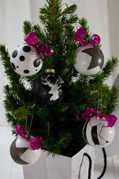 Weihnachts-Bloggerei: Ein neuer Look für Ihren Weihnachtsbaumschmuck - BRIGITTE