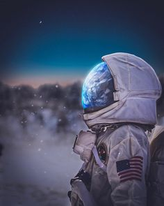 Planets Wallpaper, Galaxy Wallpaper, Wallpaper Backgrounds, Astronaut Drawing, Astronaut Wallpaper, Space Artwork, Aesthetic Space, Space Illustration, Astronauts In Space