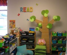 When I get to teach Kindergarten again...I am getting an owl pillow and tree!