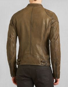 A moto blouson jacket produced in burnished leather with reinforcements to the elbow and shoulder. Shop the Maxford blouson from Belstaff US. Men's Leather Jacket, Leather Jackets, Belstaff, Military, Collection, Shopping, Fashion, Down Vest, Moda