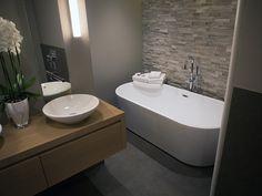 Klantreferenties 't Gooi De Eerste Kamer badkamers Bathroom Inspiration, Bathroom Ideas, Toilet, Bathtub, Vanity, Bathrooms, Houses, Bath, Full Bath