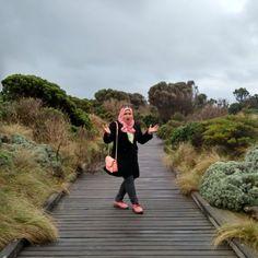 Lynn Kepoh in action   #throwback #greatoceanroad #12apostles #lkztriptomelbourne #melbourne #melbourne2015 by lynnkongzhu http://ift.tt/1ijk11S