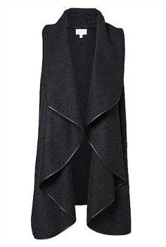 Felted Vest – Witchery Australia My new wardrobe staple – Women Fashion Cardigan Fashion, Hijab Fashion, Fashion Dresses, Long Vests, Vest Outfits, Fashion Sewing, Mode Inspiration, Mantel, Plus Size Outfits