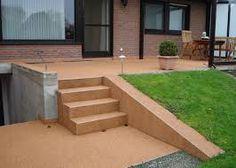 Bildergebnis für terrassen für hohe kellersockel
