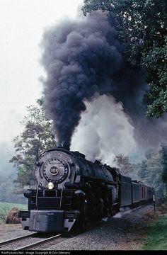 Net Photo: NW 1218 Norfolk & Western Steam at Unknown, Virginia by Don Oltmann / Train Nursery, Old Steam Train, Abandoned Train, Train Art, Norfolk Southern, Train Pictures, Old Trains, Train Engines, Steam Engine