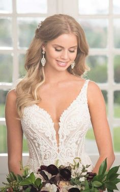 a3f348055ec4 1066 Linear Lace Wedding Dress by Martina Liana Designer Wedding Gowns