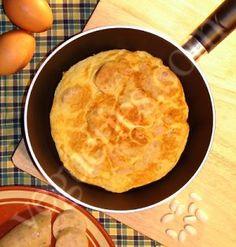Fat Thursday omelette - Tortilla of Thursday before lent - Truita de dijous gras - Tortilla de jueves lardero