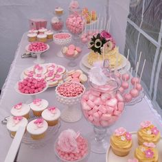 Informations About Shabby chic Bridal/Wedding Shower Party Ideas Birthday Party Snacks, 18th Birthday Party, Sweet 16 Birthday, Birthday Party Decorations, Healthy Birthday, Party Themes, Baby Shower Treats, Baby Shower Desserts, Girl Baby Shower Decorations