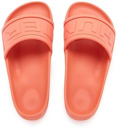 Pin for Later: 20 Stylish Pairs of Slides to Slip Into Your Gym Bag Hunter Women's Original Slide Sandals Hunter Women's Original Slide Sandals (£55)