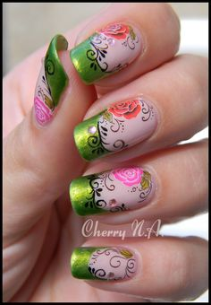 Nail art roses et arabesques avec water decal
