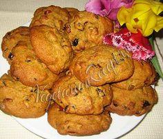 Тыквенное печенье с орехами и изюмом - полезное лакомство, которое также можно печь в пост. Рецепт с фото.